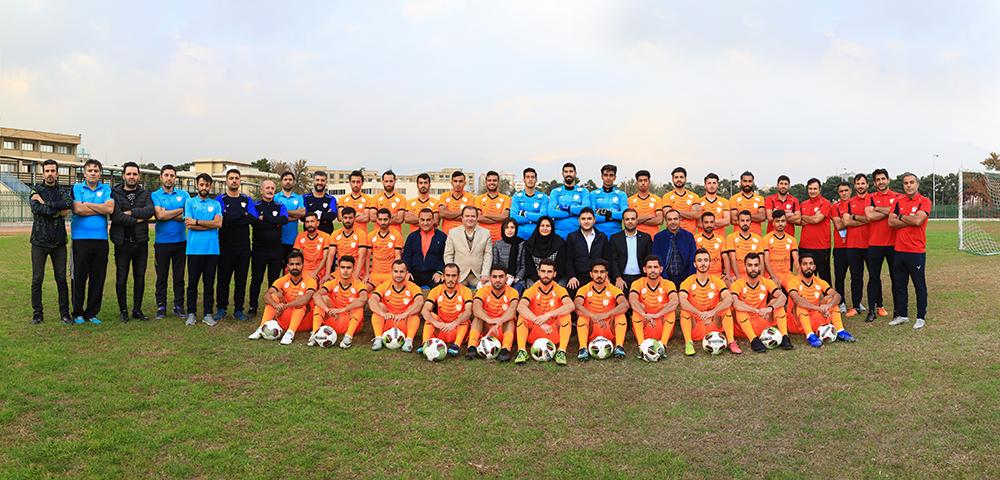 رونمایی از لباس جدید تیم فوتبال بادران